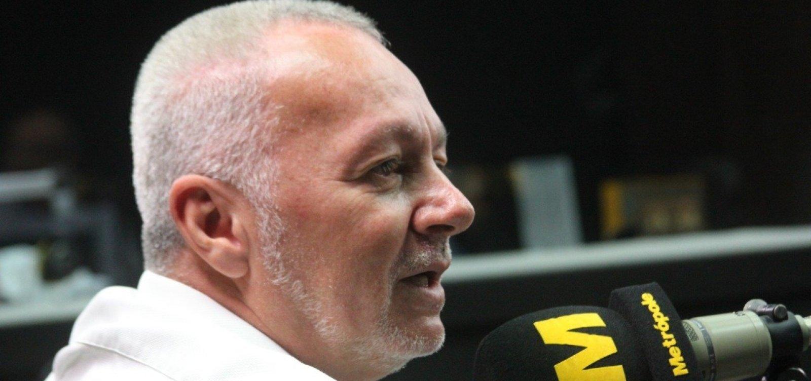 Bobô lamenta declínio do Bahia: 'Se não fosse o 1º turno, brigaríamos para não cair'