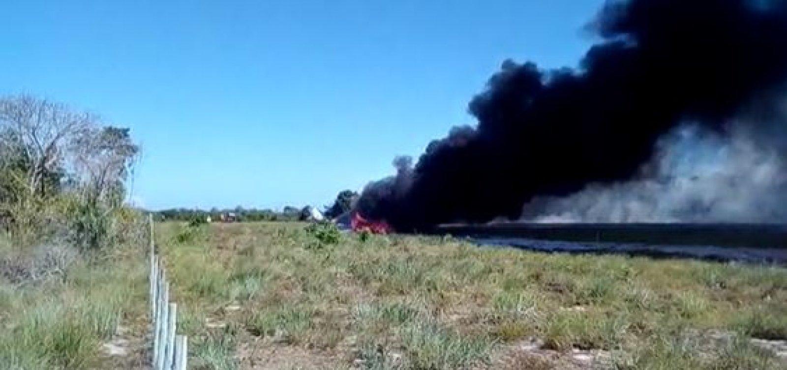 Piloto de avião que caiu em Maraú recebe alta