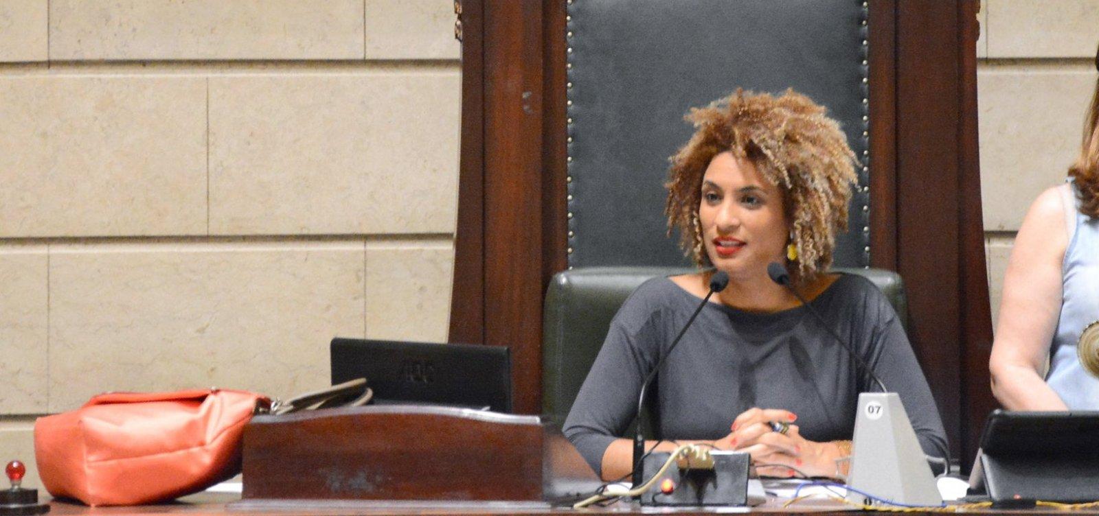 Caso Marielle: Polícia Civil volta a ouvir assessores de Carlos Bolsonaro