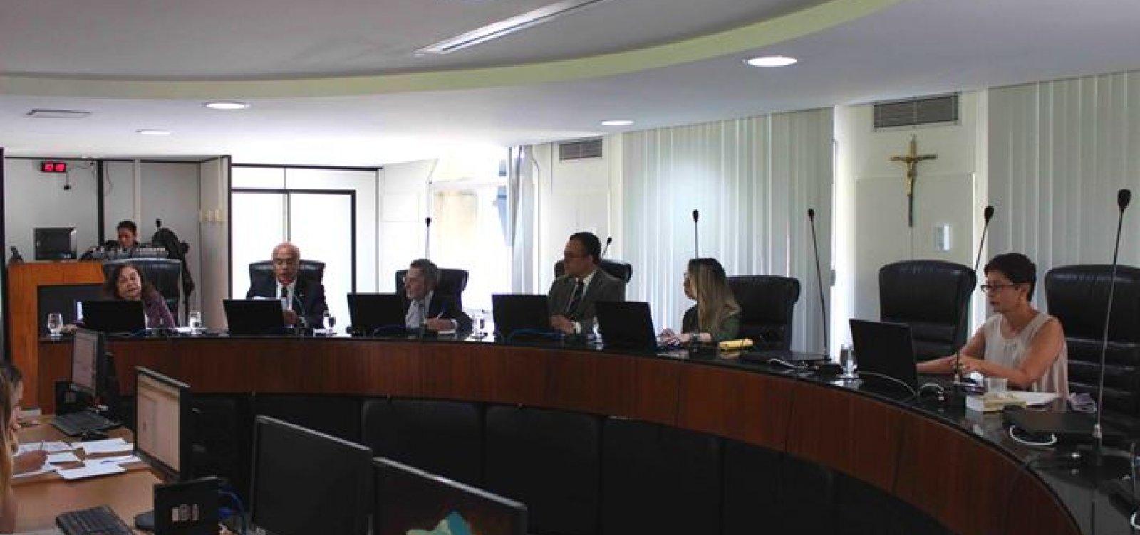 Ex-titular da Setur, Pelegrino é multado por irregularidades em convênio pelo TCE