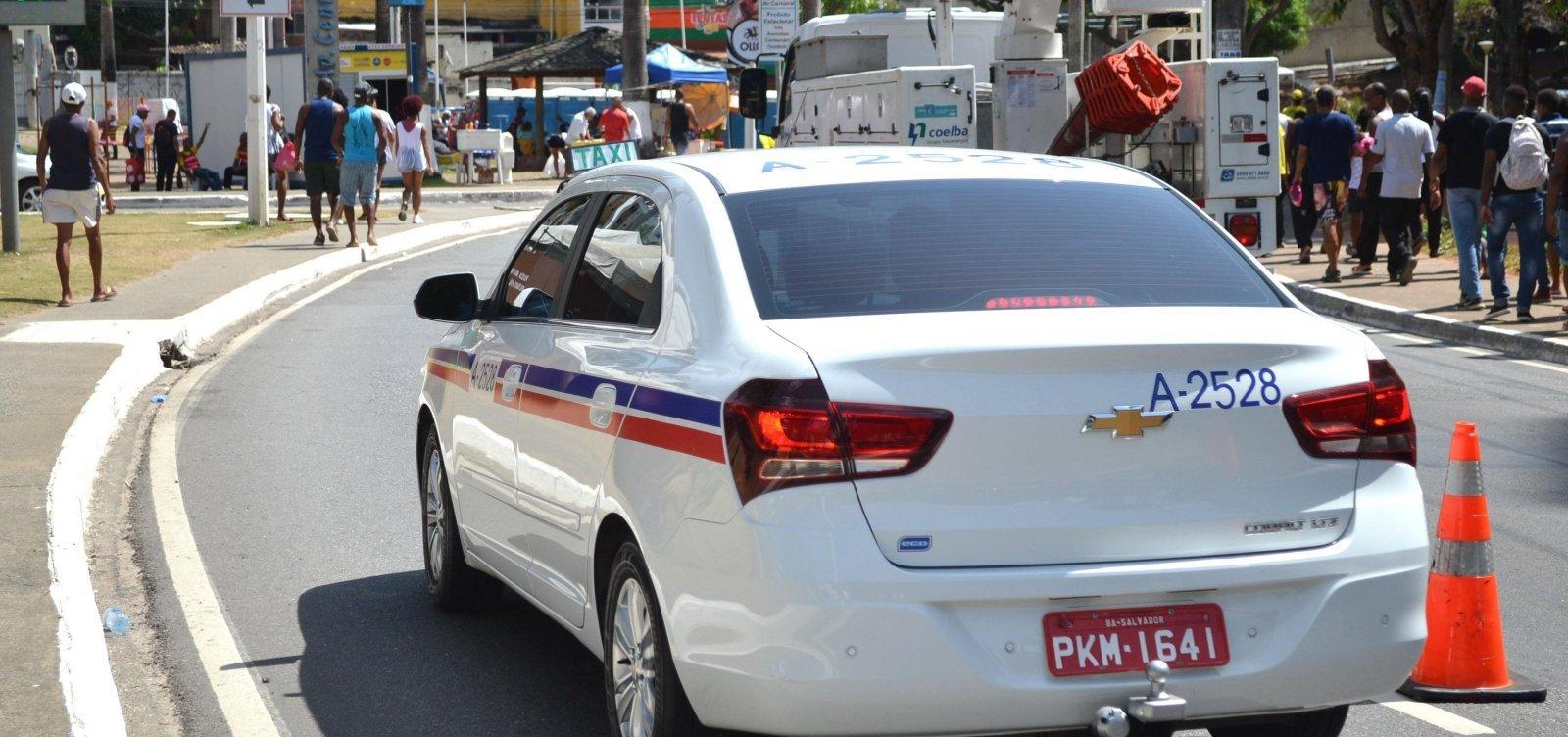 Cobrança de bandeira 2 em táxis será opcional no mês dezembro