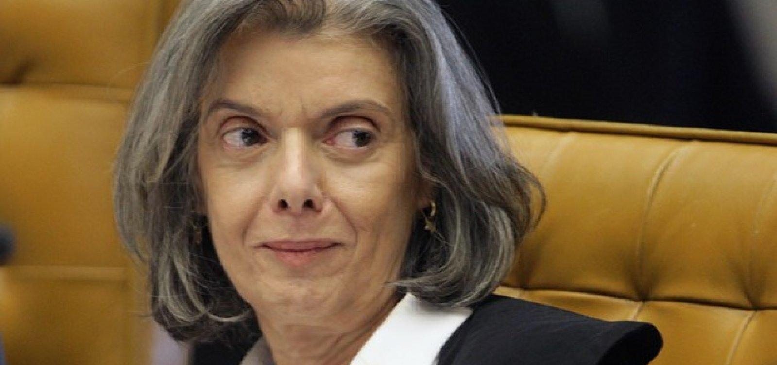 Cármen Lúcia manda TRF-4 solta preso após condenação em 2ª instância