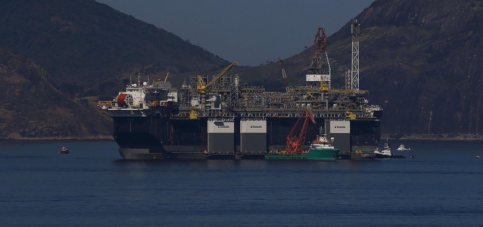 Petroleiros vão manter mobilização mesmo após proibição pelo TST