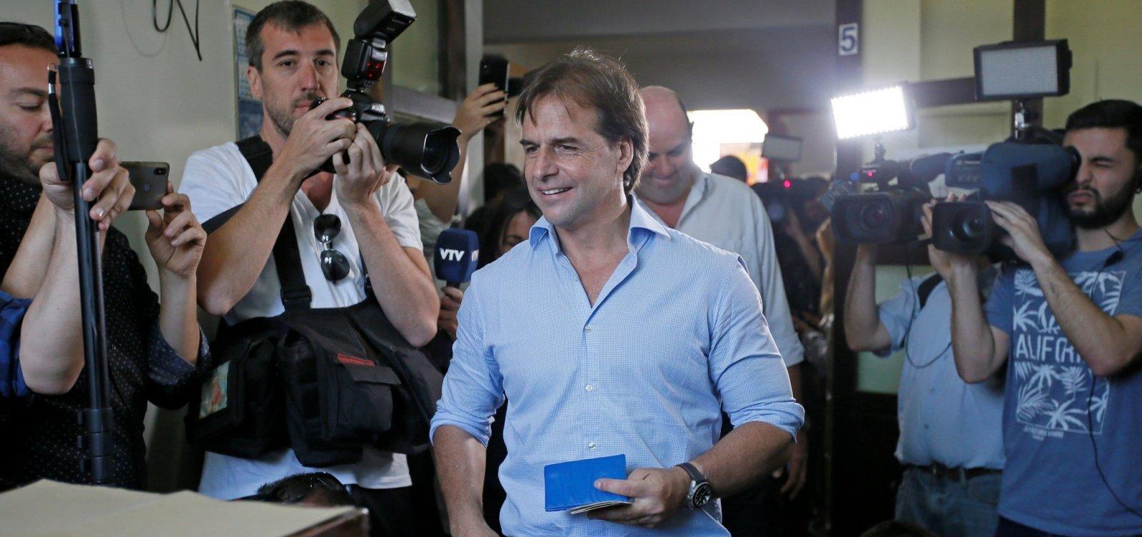 Com votação acirrada, Corte Eleitoral do Uruguai adia anúncio denovo presidente
