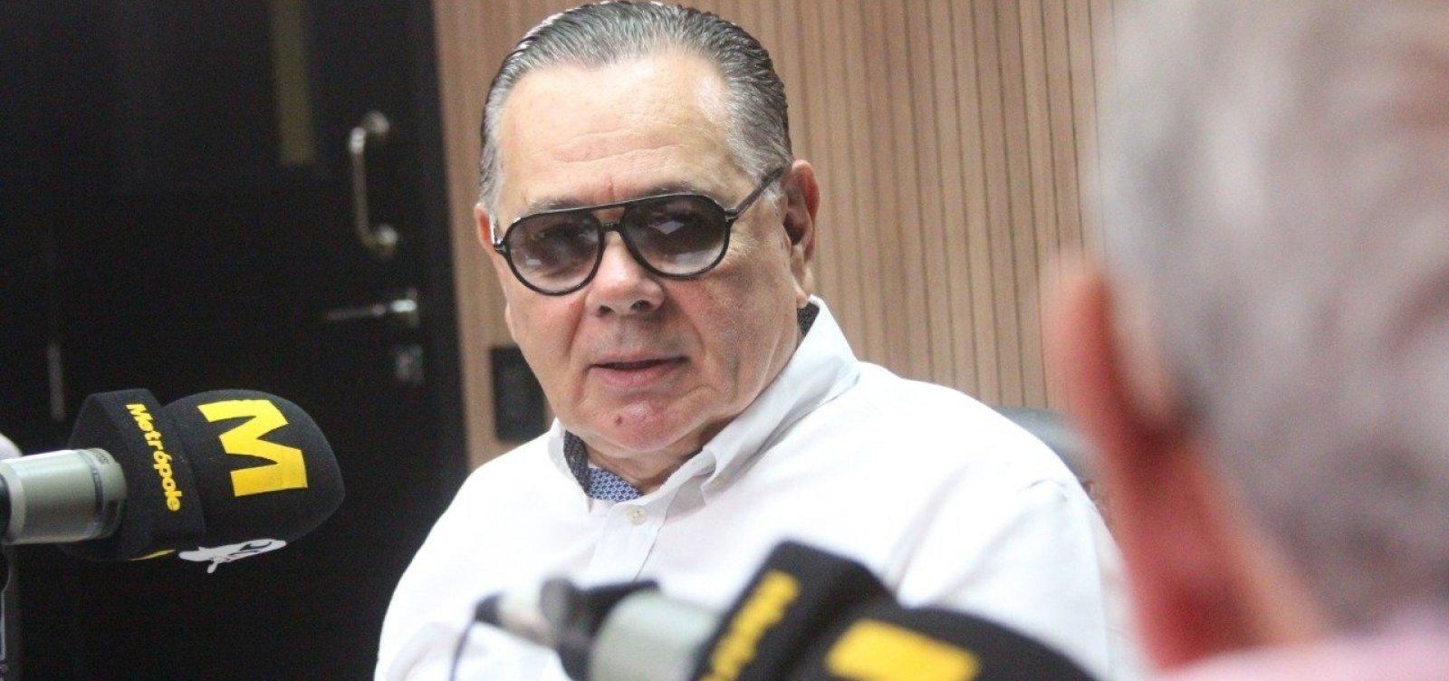 Fernando Barros analisa estratégia de Bolsonaro: 'Persegue a polarização'