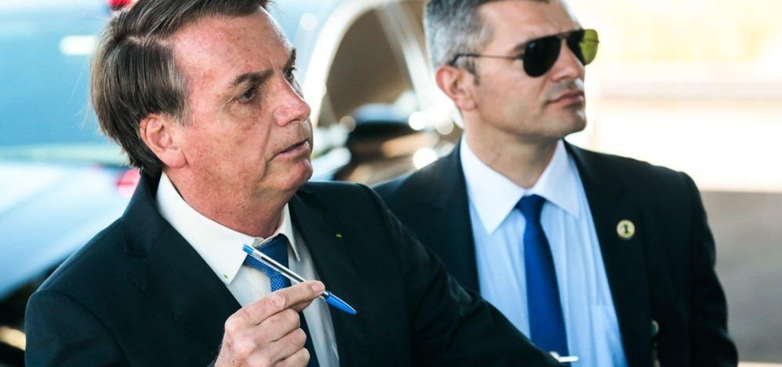 Campanha de Bolsonaro teve 11 milhões de santinhos não declarados à Justiça Eleitoral
