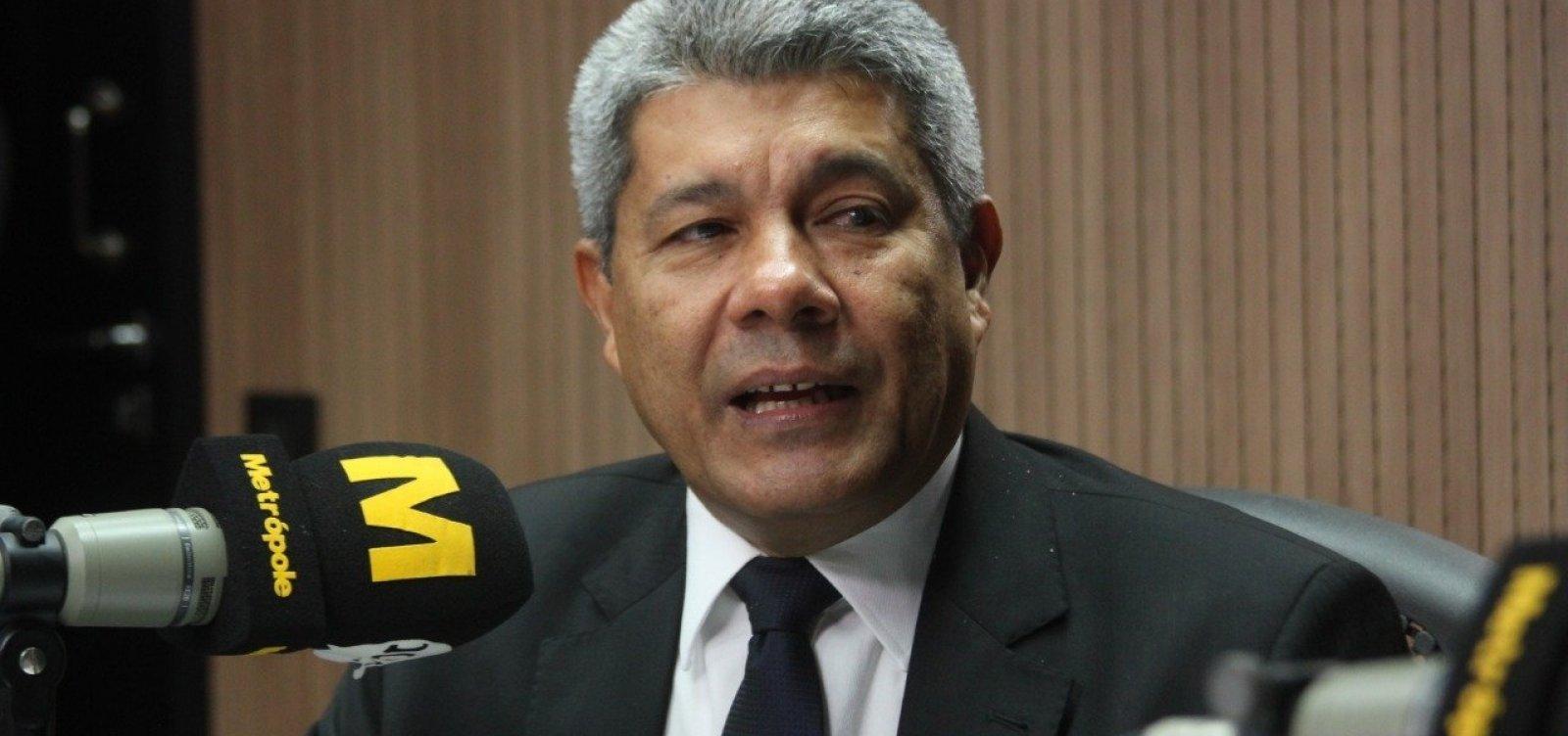 Secretário da Educação diz que pasta quer liberar mil aposentadorias até final do ano