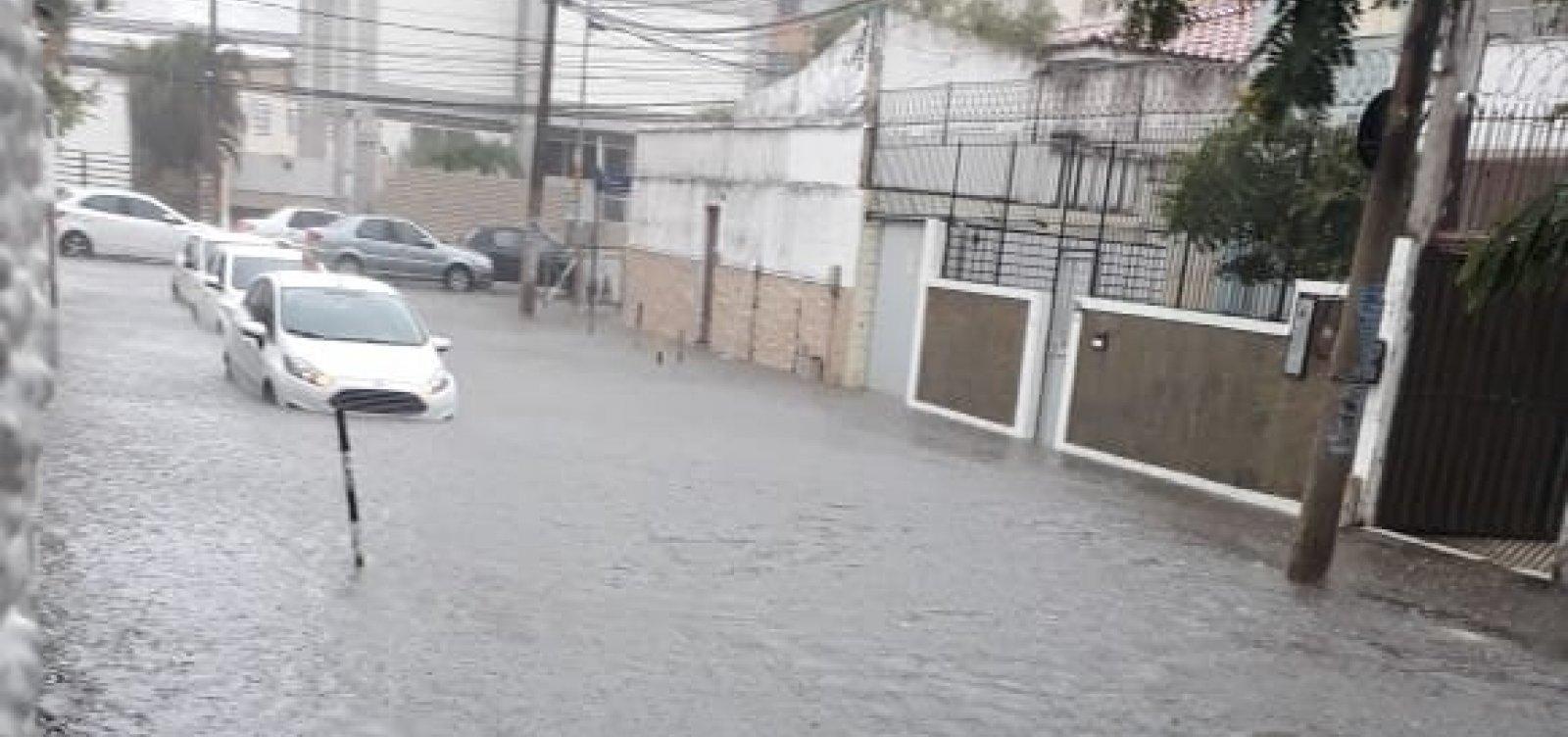 Com chuva forte, Salvador supera volume de água esperado para o mês de novembro