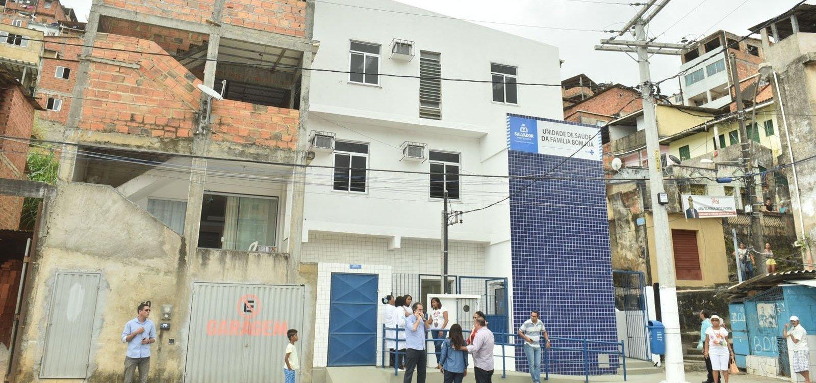 Após chuvas, atendimento é suspenso em seis postos de saúde de Salvador
