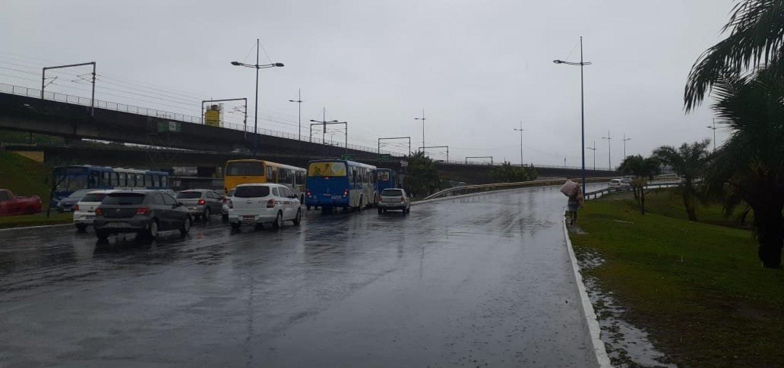 APLB orienta suspensão de atividades escolares em Salvador após chuvas