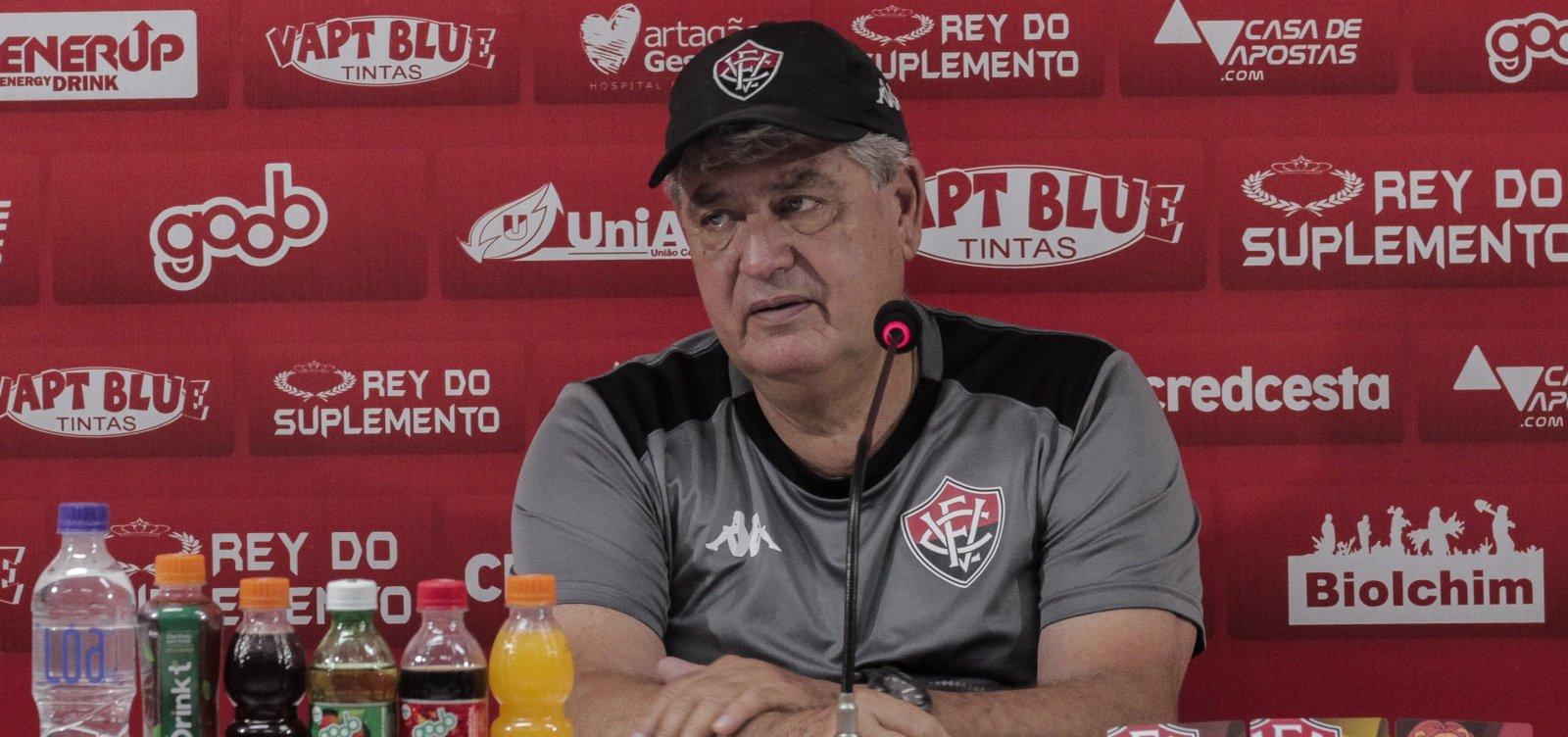 Presidente do Vitória confirma permanência de Geninho em 2020