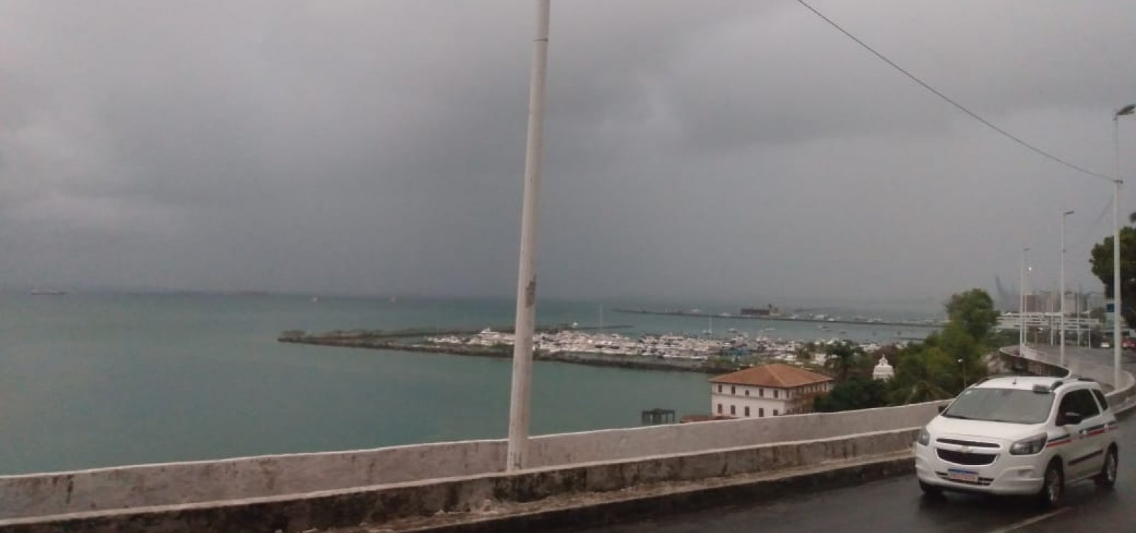 Ainda com alerta máximo de chuvas, Codesal recebe 20 solicitações na madrugada de hoje