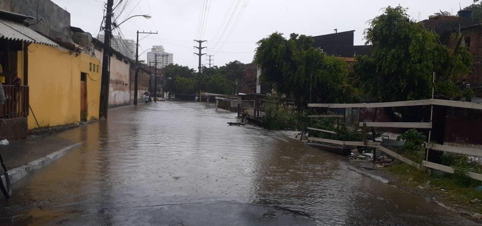 'Temos perspectiva de redução de chuvas', diz diretor da Defesa Civil