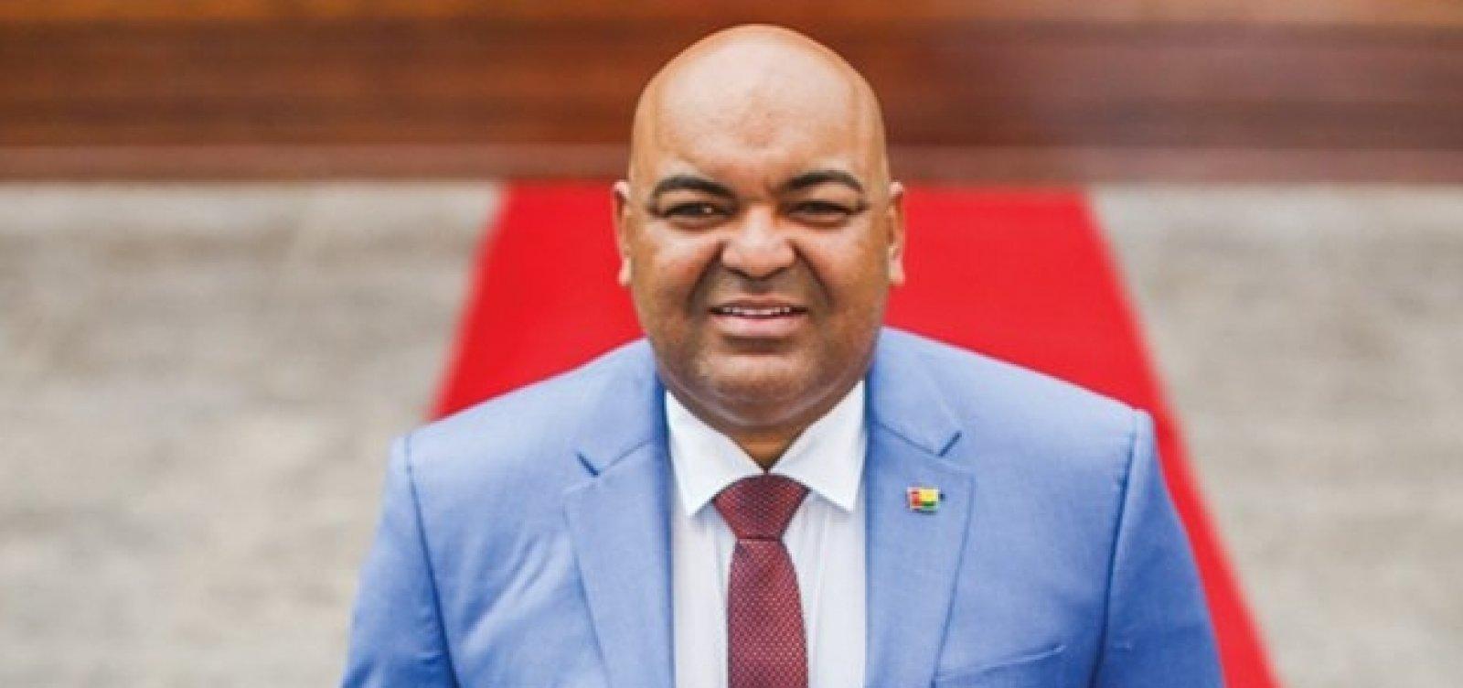 Falso cônsul tentou transferir carros de luxo para Embaixada da Guiné Bissau, diz MPF