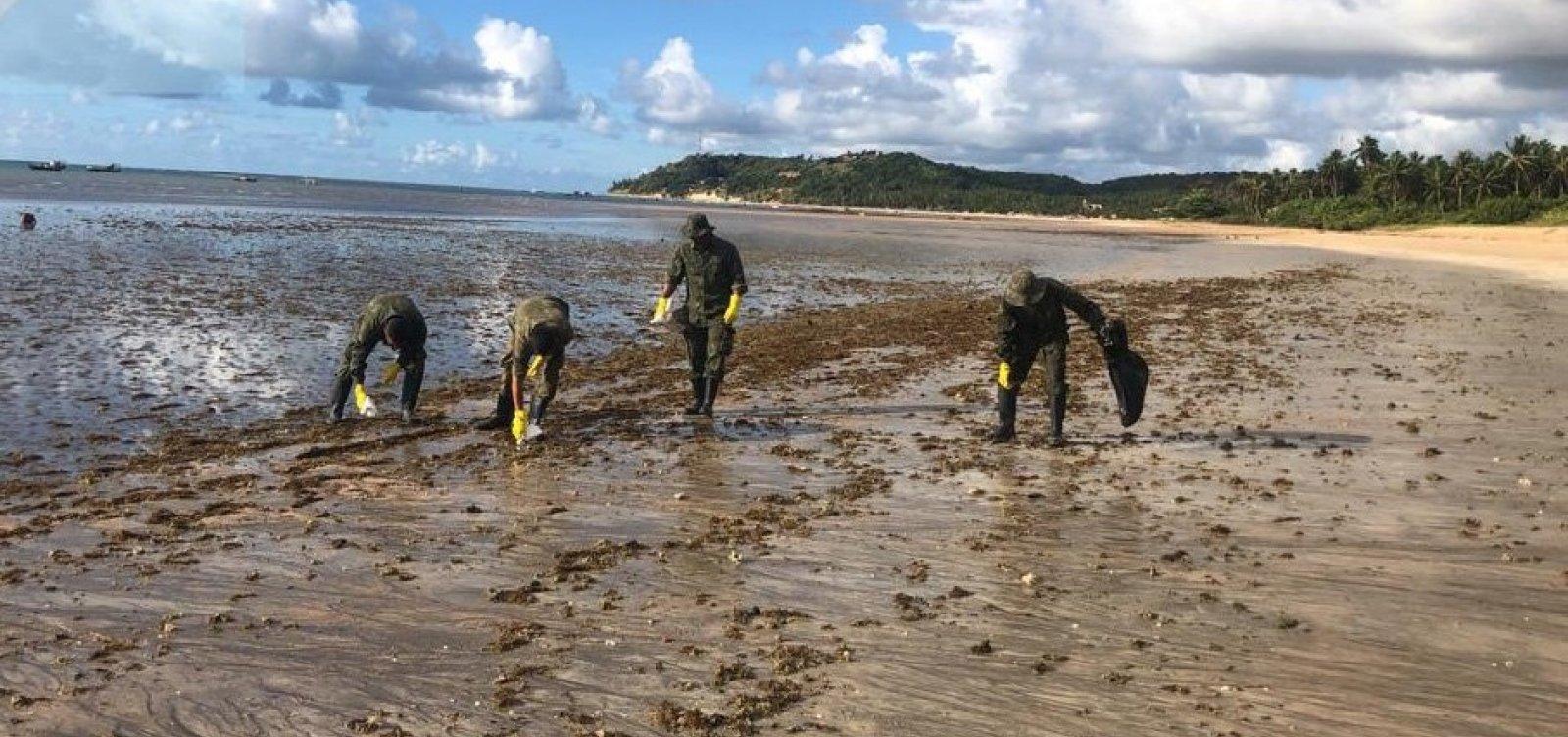 Marinha diz que situação do óleo nas praias está estabilizada