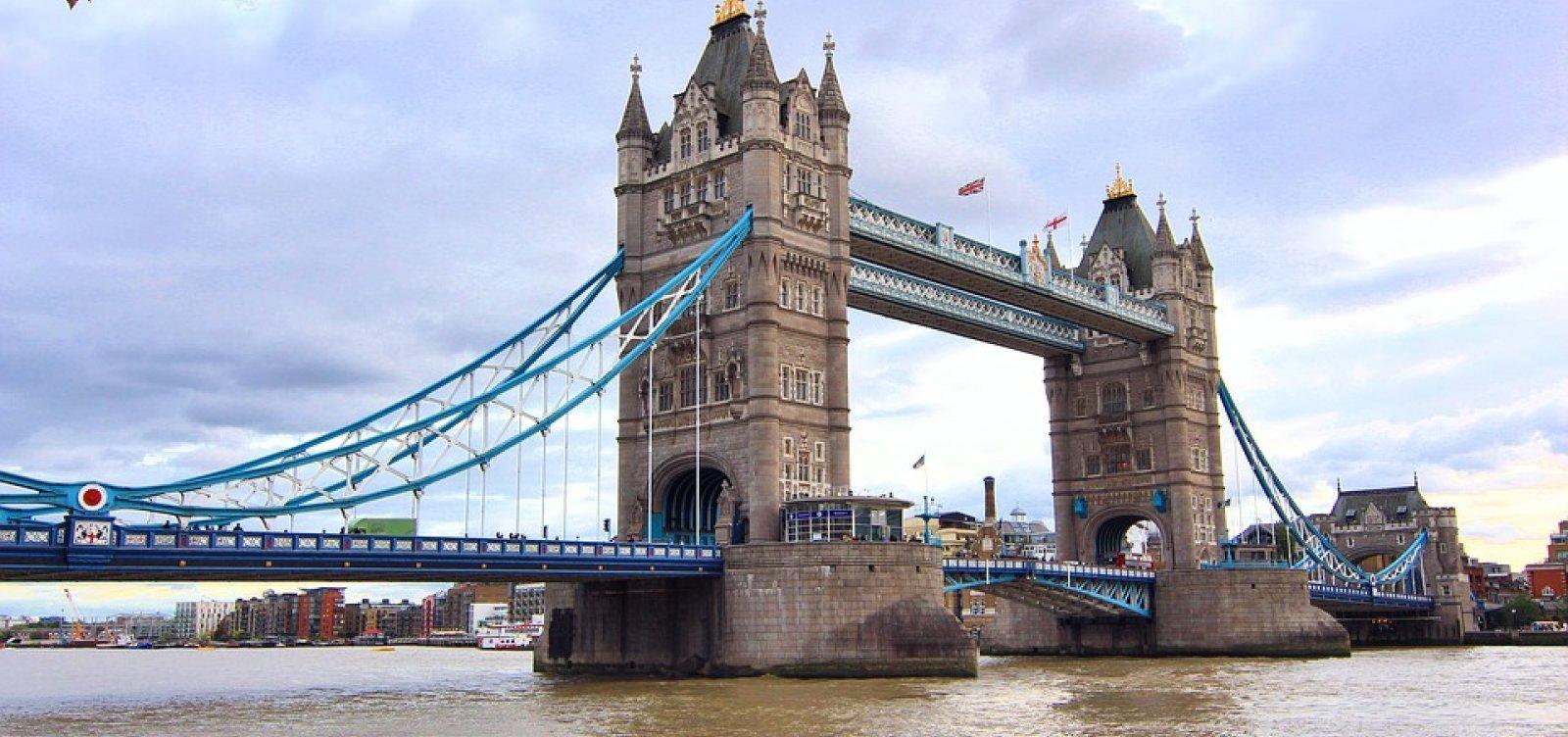 Ataque terrorista na Ponte de Londres deixa um morto e dez feridos