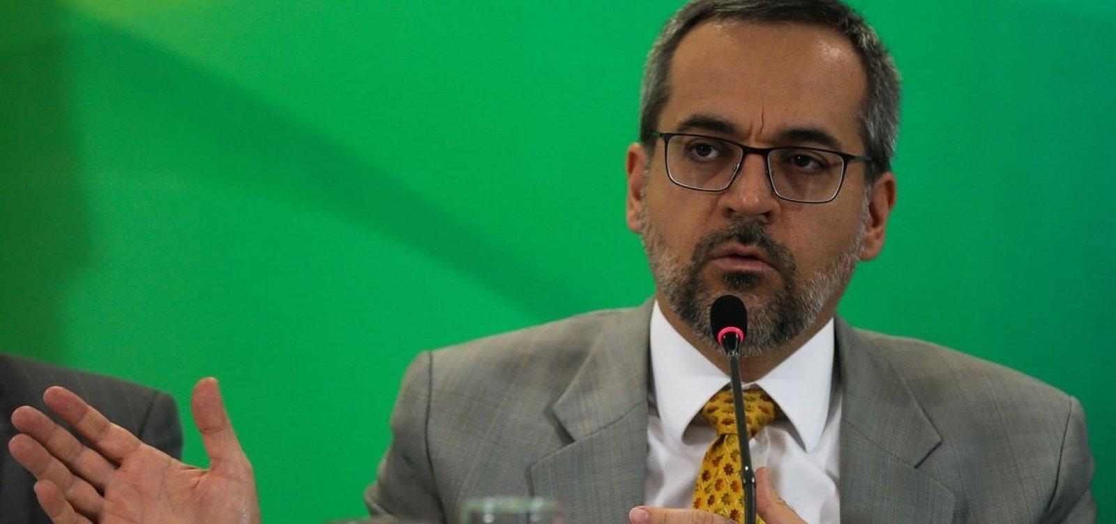 Ministério da Educação anuncia saída do Mercosul