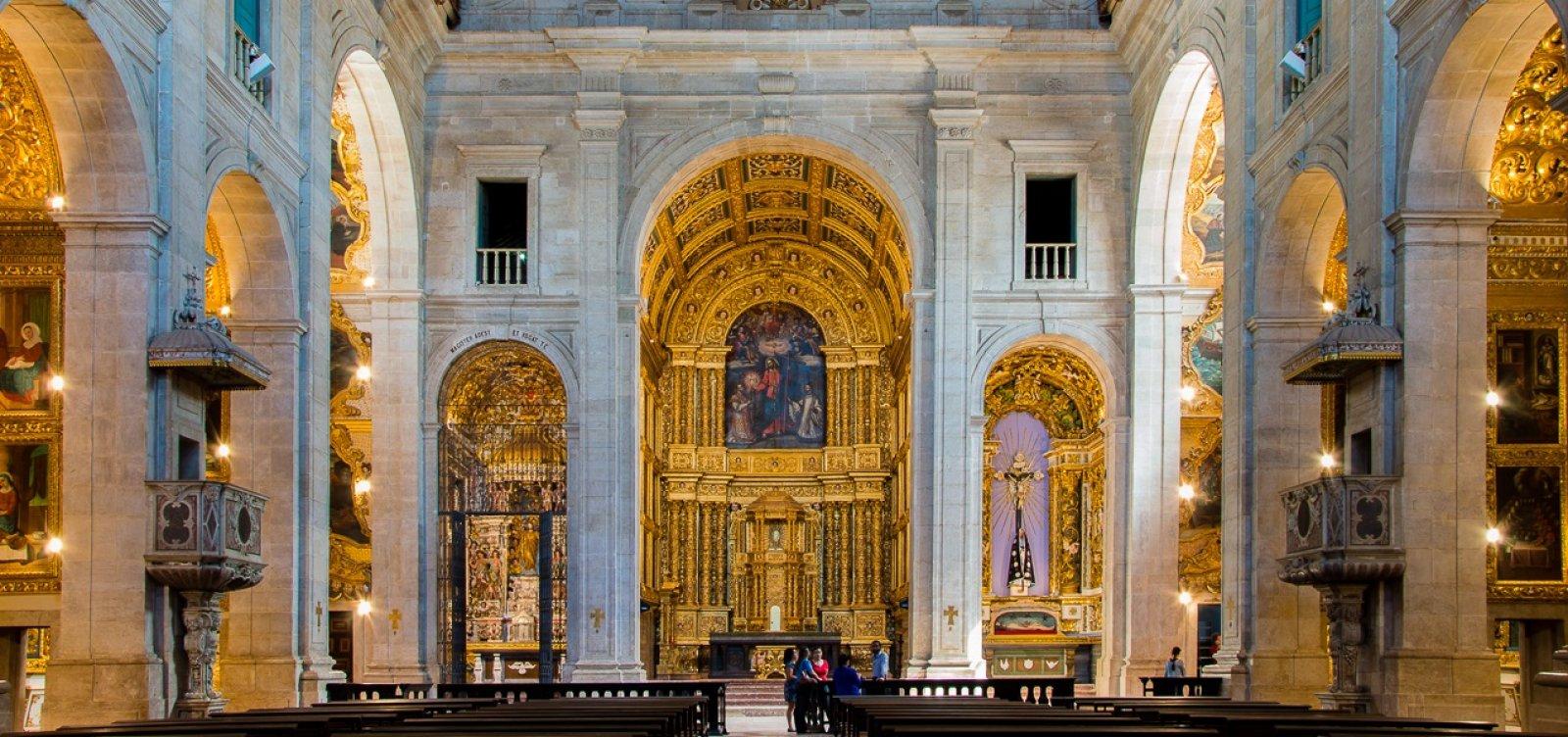 Catedral Basílica ganha altar definitivo após 55 anos com relíquia de Santa Dulce