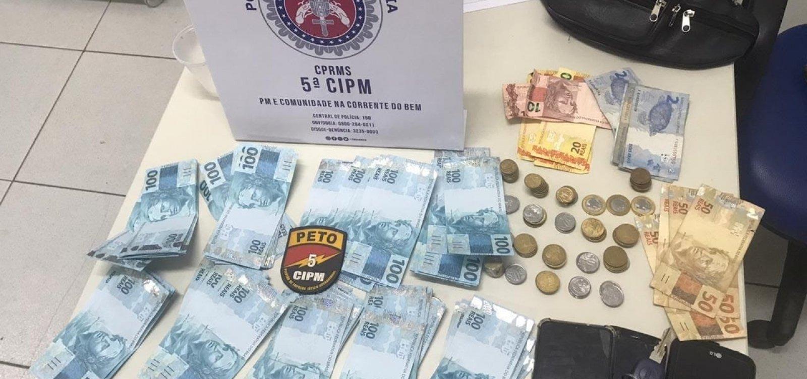 Turistas de Minas Gerais são detidos com R$ 9 mil em notas falsas em Vera Cruz