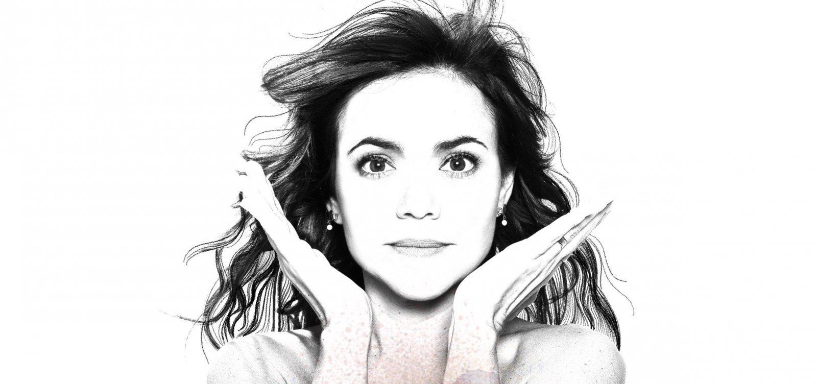 Vânia Abreu apresenta 'Na Volta Que o Mundo Dá' na Concha Acústica do TCA