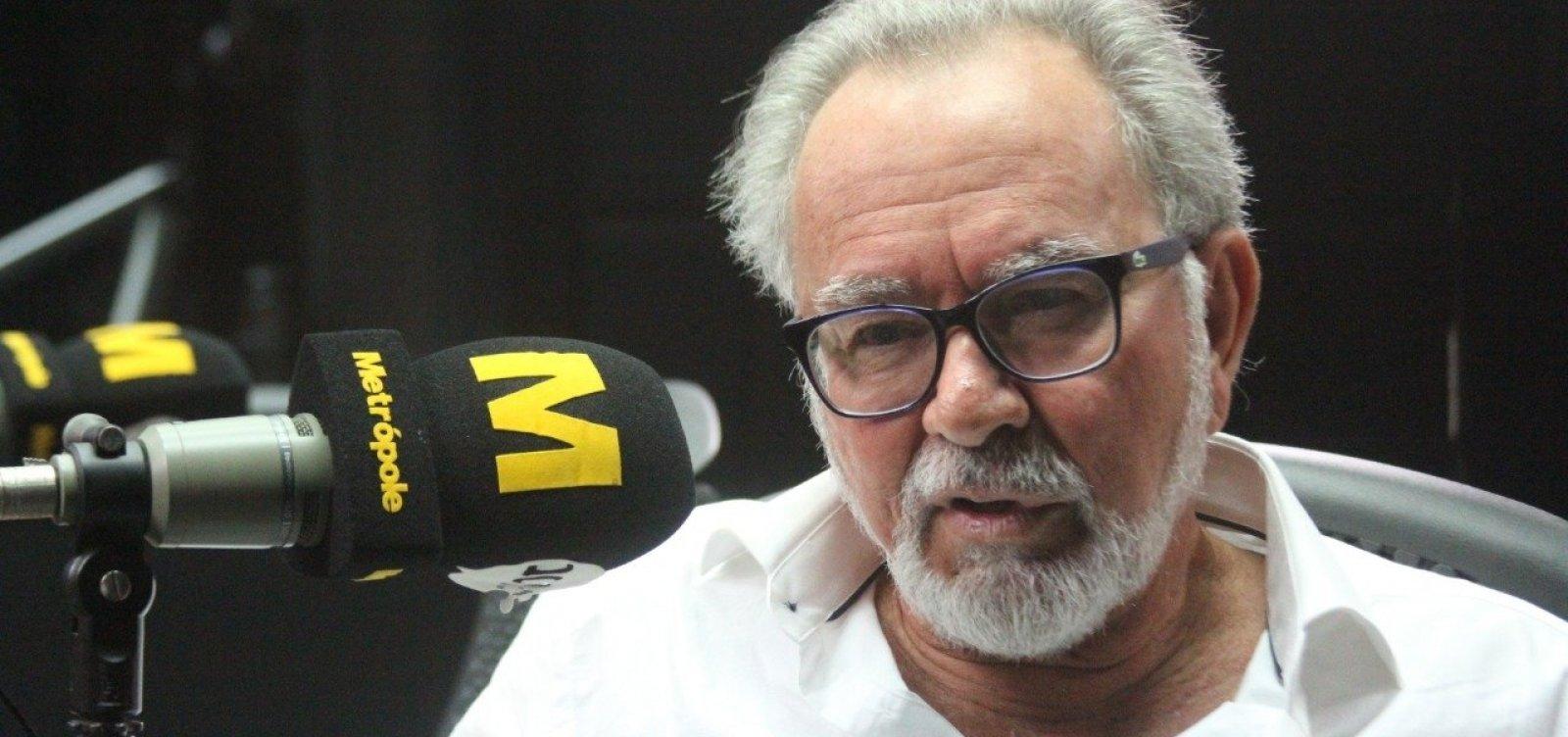 'Minhas contas com a ditadura foram ajustadas', diz Aécio Pamponet