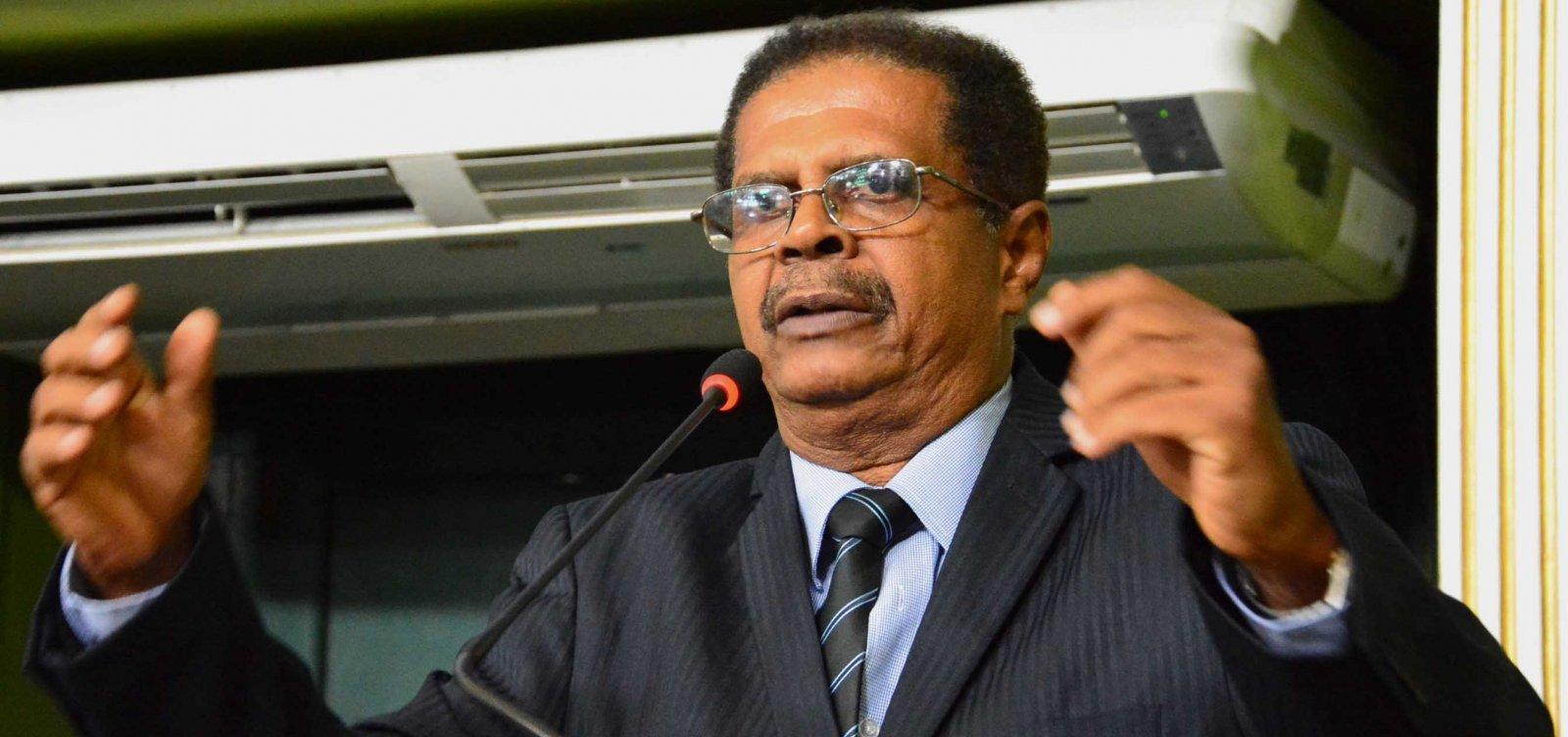 Aliado de Neto, Odiosvaldo Vigas assume PDT em Salvador