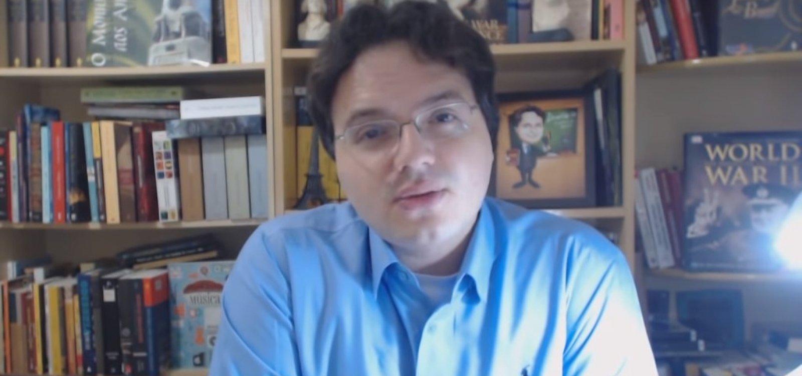 Novo presidente da Biblioteca Nacional associa Caetano Veloso ao analfabetismo