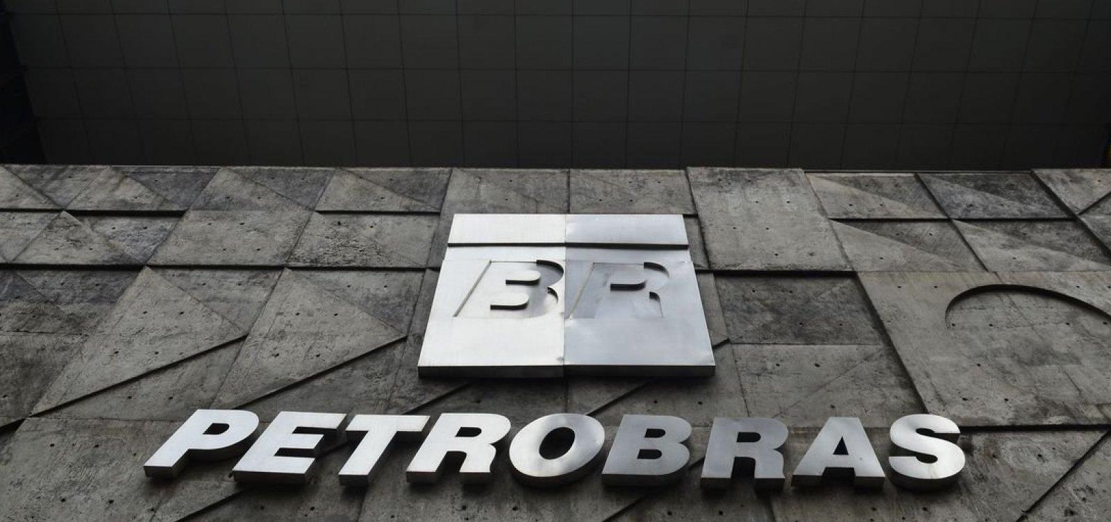 Petrobras vai enviar duas mil cartas com pedido de desculpa a funcionários investigados