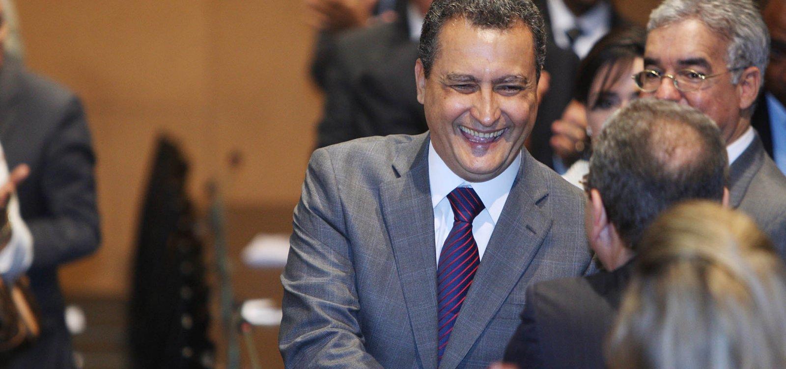 Após cirurgia, Rui Costa recebe alta médica e retorna a Salvador