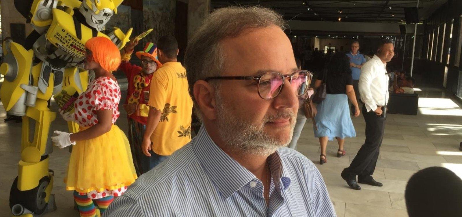 Novo coronavírus 'não mete medo', diz Secretário da Saúde da Bahia sobre o Carnaval