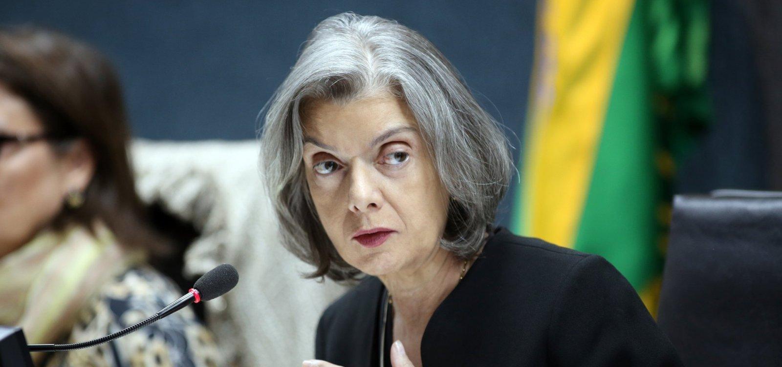'Benza Deus a imprensa livre do país', diz Cármen Lúcia ao rebater fala de Aras e AGU