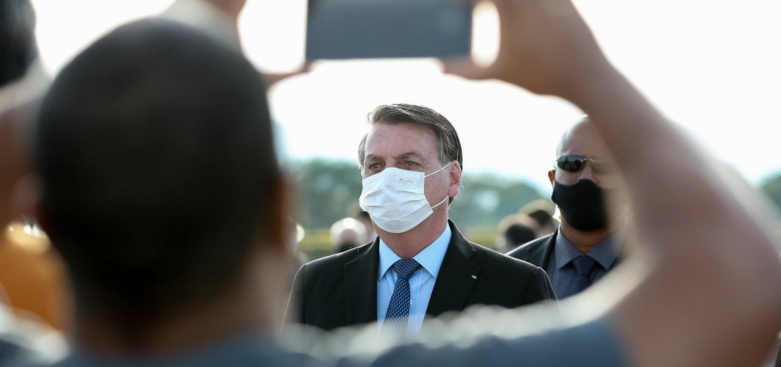 'Meu ministro da Saúde já disse que não será obrigatória' diz Bolsonaro sobre imunizante para Covid-19