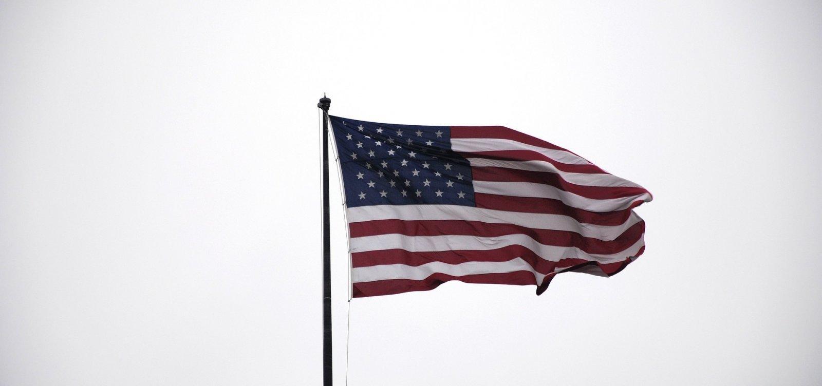 EUA ultrapassam 9 milhões de casos da Covid-19, aponta Universidade Johns Hopkins